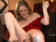 Diane likes her fresh dildo